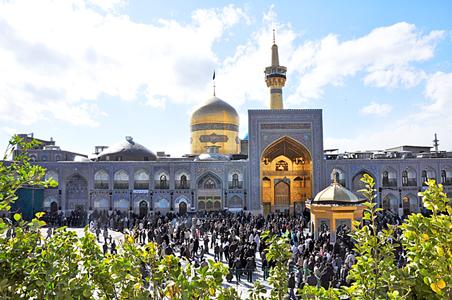 اینجا مقام و مشهد سلطان دین رضاست