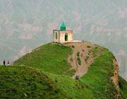 تعداد زیاد امامزادگان در ایران، دلیلی بر انکار وجود آنها نیست