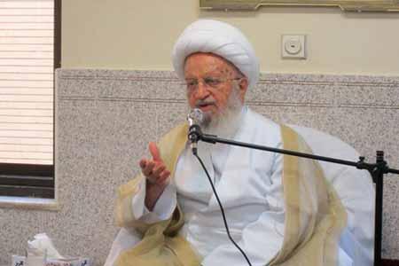 بد حجابی دهن کجی به اسلام و نظام اسلامی است، دولت در مورد حجاب کم کاری کرده است