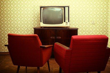 برنامههای مذهبی تلویزیون از جامعه عقب ماندهاند