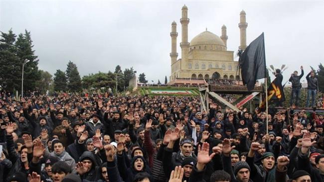 ممنوعیت نصب پرچمهای حسینی در دومین کشور شیعی جهان