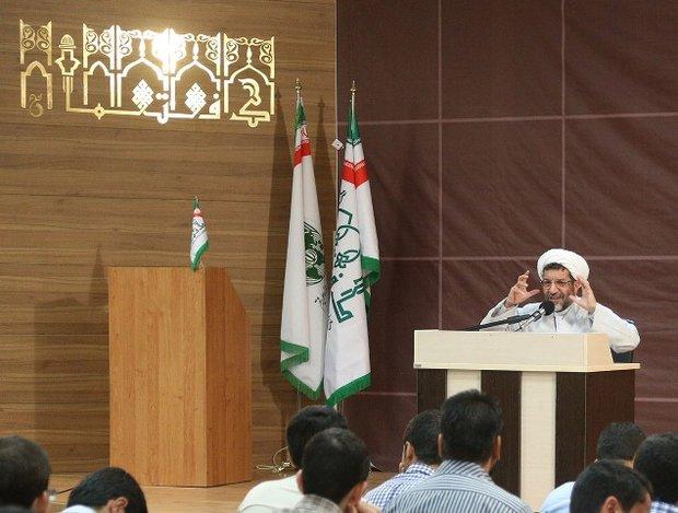 اسلامی کردن دانشگاه با اسلامی کردن علوم محقق می شود