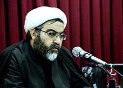 مطالب صوفیانه گاه به حاشیه ادبیات دینی رسوخ کرده است