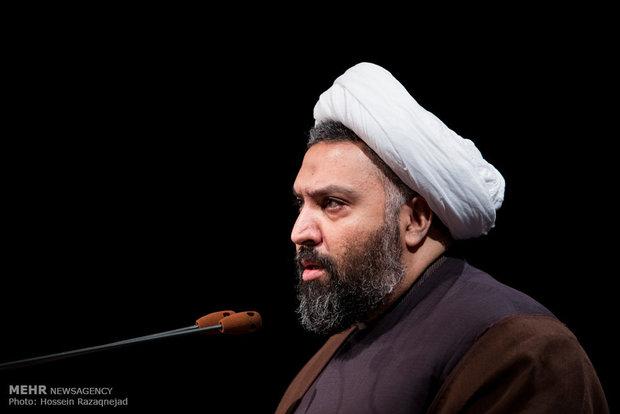 فضای بسته روشنفکری سکولار، تنفس علوم انسانی اسلامی را سخت میکند
