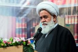 بیثباتی فکری روشنفکران را به نام متقدم و متاخر جا میزنند، روشنفکری ایرانی مجازیست نه حقیقی